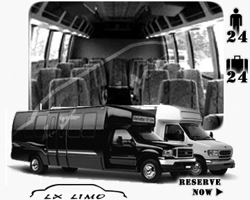 Bus for airport transfers in Toronto, ON